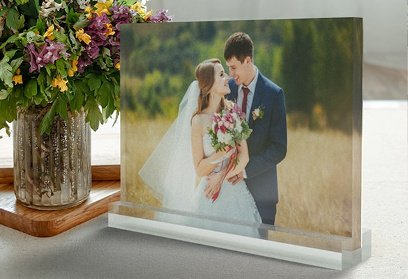 Let the Photo Make a Statement with an Acrylic Block Stand
